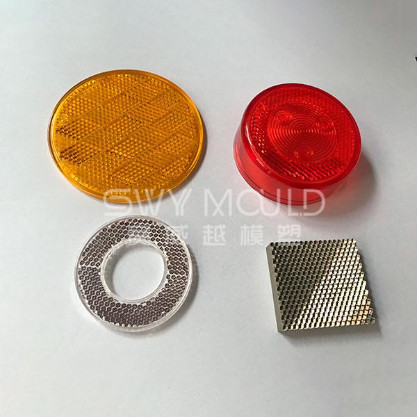 Moldeado de piezas reflectantes electroformadas