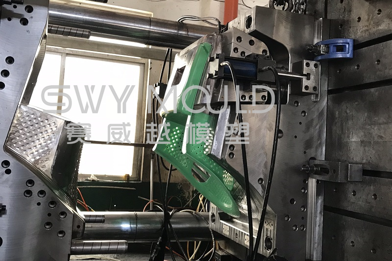 Puntos clave de la fabricación de moldeo por inyección de sillas de plástico