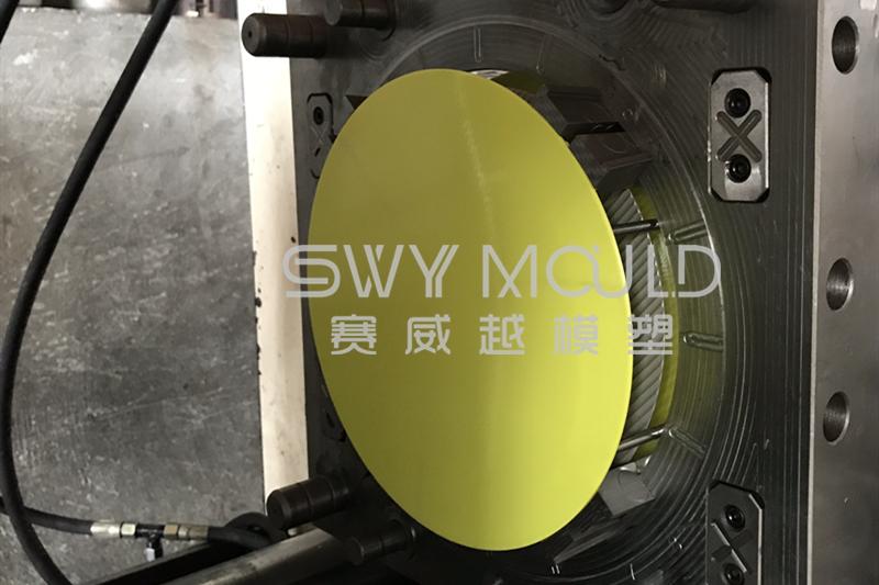 Precauciones que se deben tomar al instalar moldes en máquinas de moldeo por inyección